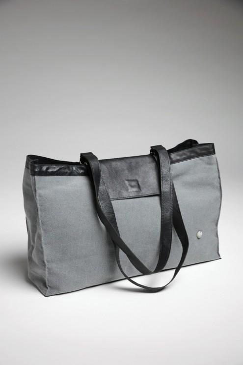 großer Shopper Tasche, Tote Bag, Canvas, grau, schwarzes Leder nachhaltig