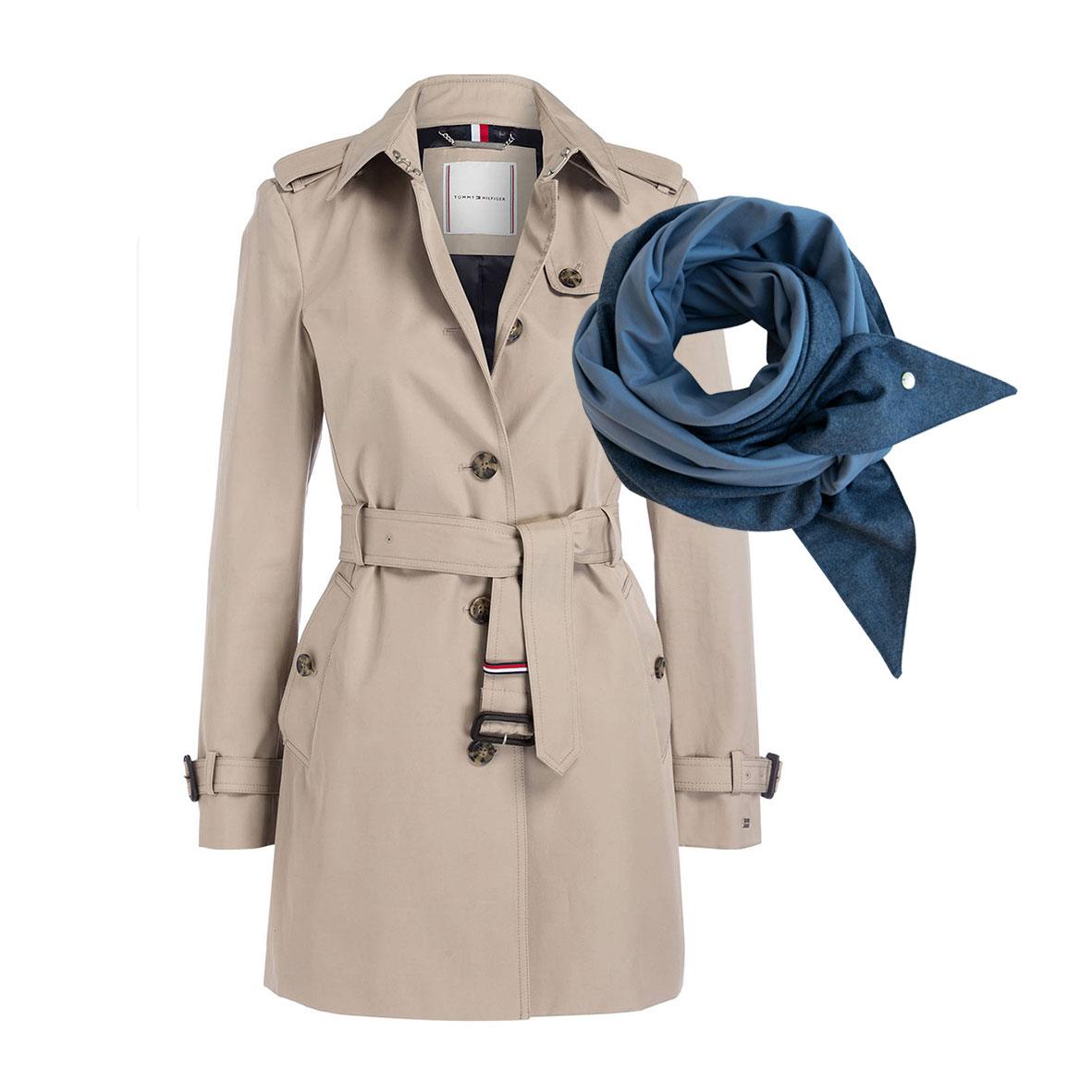 Trenchcoat beige, Tommy Hilfiger Mantel, Kurzer Herbstmantel, Herbstmode, Schultertuch aus Merinowolle, Schal blau